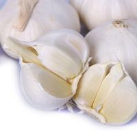 Buy cheap 2019 Crop Fresh Normal/Pure Garlic with 5/6/7cm Fresh Vegetable From China from wholesalers