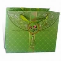 Buy cheap Paper Gift Bag with Glossy Lamination and Offset Printing, OEM Orders are Welcome product