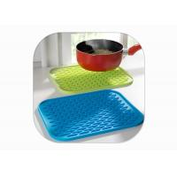 Buy cheap Heat Resistant Anti Slip Silicone Mat / Silicone Pot Mat Square Shape FDA from wholesalers